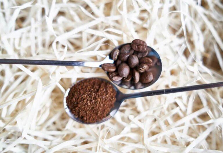 Szemes és őrölt kávé