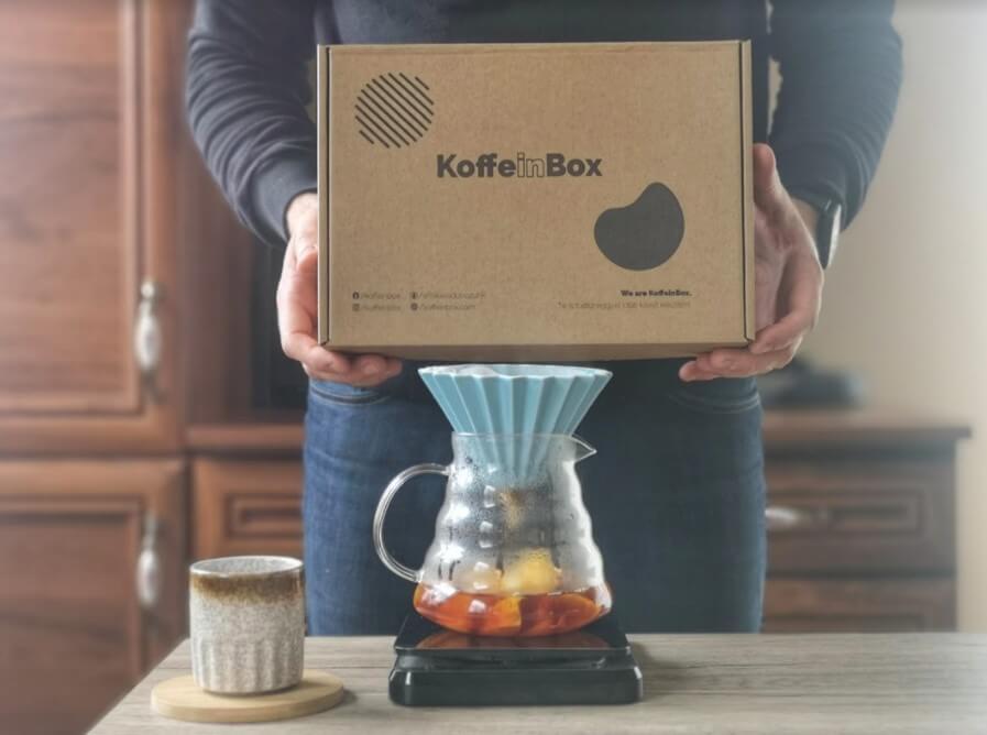 Kávéfogyasztás otthon:magyar specialty kávé a KoffeinBoxban